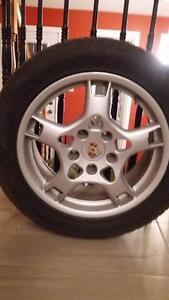 4 pneu d hiver et mag original comme neuf de porche panamera 4 2x 245/75/R18 et 2x 245/5