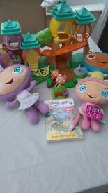 Wayabuloo playset, dvd and musical characters