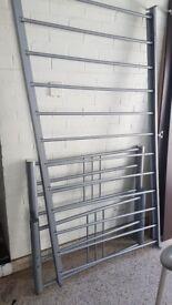 Sing metal bed frame