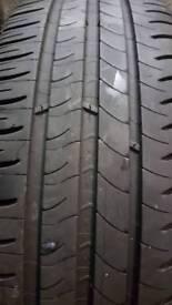 195/60/16 x1 michelin tyre