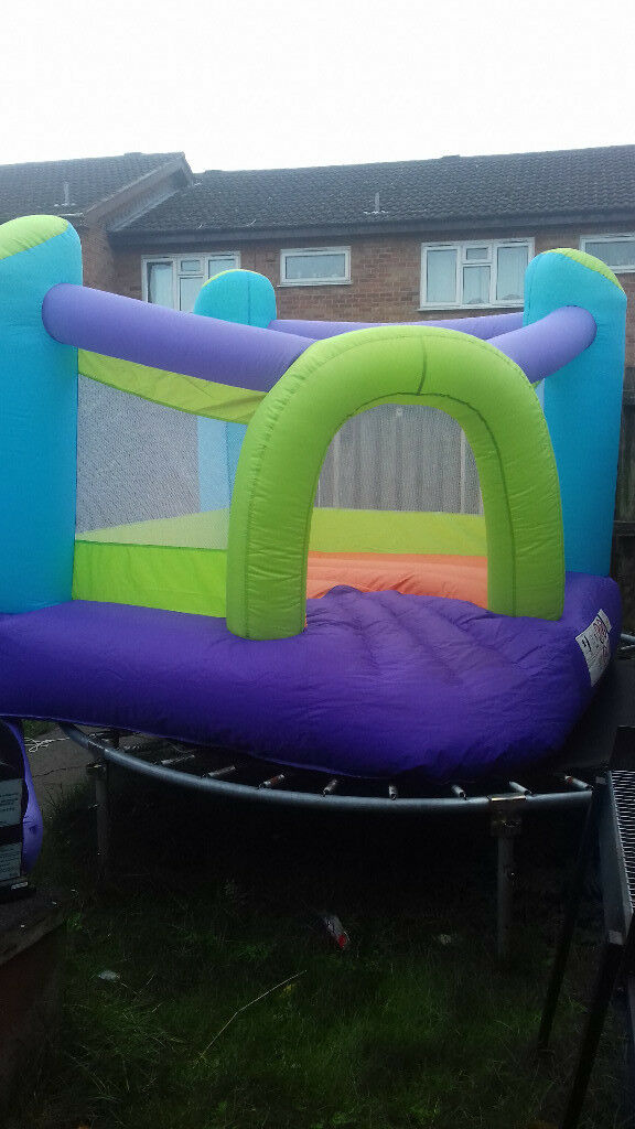 kiddies bouncy castle