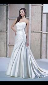 Ella Rosa Ivory wedding dress size 16