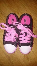 Heelys size 1- almost new