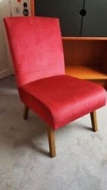 Lovely Little Bedroom / Hall / Lounge Chair
