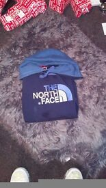 Mens small navy blue north face hoodie