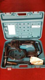Makita HR5211C SDS Max Rotary Demolition Hammer Drill 240V, with AVT