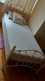 Girls bed for quick sale!