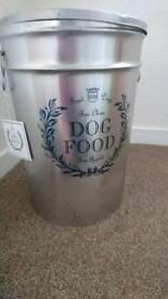 Dog food strorage bin