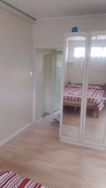 Beautiful studio 195 pw in Wembley