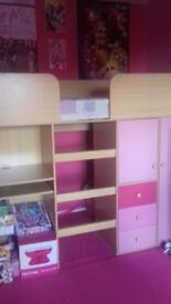 Kids pink bed