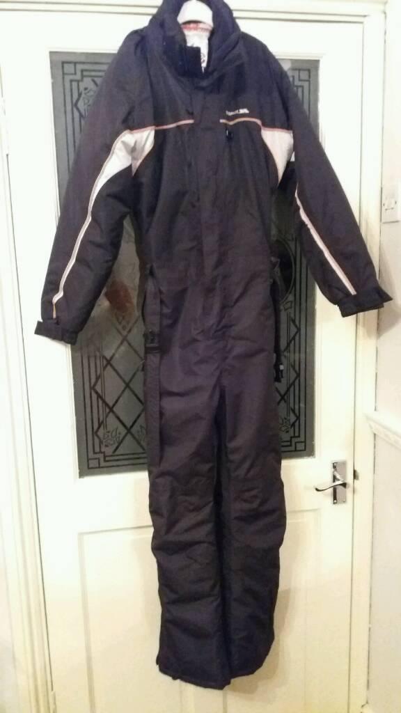 Boys trespass Ski suit