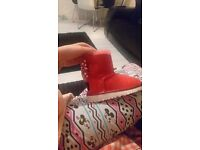 Minnie mouse uggs size 8