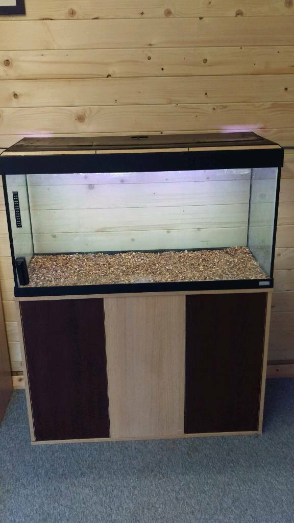 Fluval Roma 200L Tropical Fish Tank Setupin Morpeth, NorthumberlandGumtree - Fluval Roma 200L Tank & Stand Comes with all of the below Fluval Roma 200L Tank Fluval Roma Fitted Stand Original Working Light Unit Gravel Small internal FilterTropical Heater
