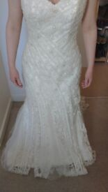 MAGGIE SOTTERO wedding dress size 10 with veil