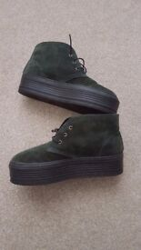 Ladies Dark Green Suede High Tops size 5 – excellent condition