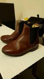 Childrens Regent Oxblood Jodphur Boots(6) & Muckers