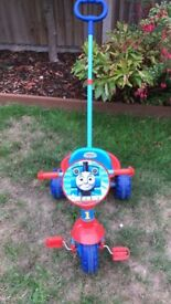 Thomas the tank engine ride on trike with removable handle
