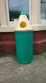Kids garden bin