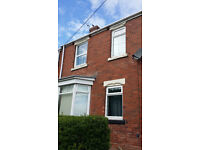 **Available now - NO FEES - Large 2 Bed First Floor Flat - Brandon - Bond Scheme**