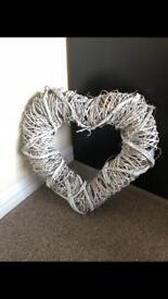 Large Woven Heart Grey/Beige