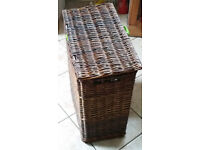 2 storage baskets with lids (£10 each)