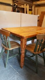Shabby Chic Pine table with 6 chairs (2 carvers)