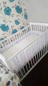 Baby's cot