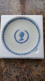 Wedgwood 'Coronation Silver Jubilee' plate