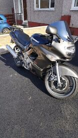 Kawasaki ZZR 600 E7 VERY LOW MILES FOR YEAR!!