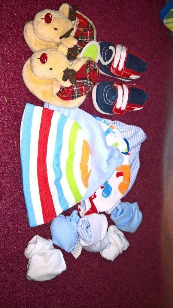 newborn to 1 month baby clothes for boy shoes, slippers, hats, mittens cute outfits