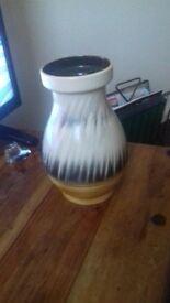 Sylvac vase 4563 no damage