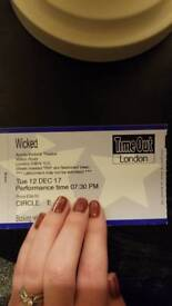 3 tickets to Wicked in London £50 each