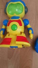 LITTLE TIKES REMOTE CONTROL ROBOT TOY