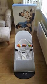BabyBjorn Bouncer Balance Silver/White Soft Mesh - Including Toy Bar