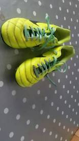 Size 4 Nike football boots