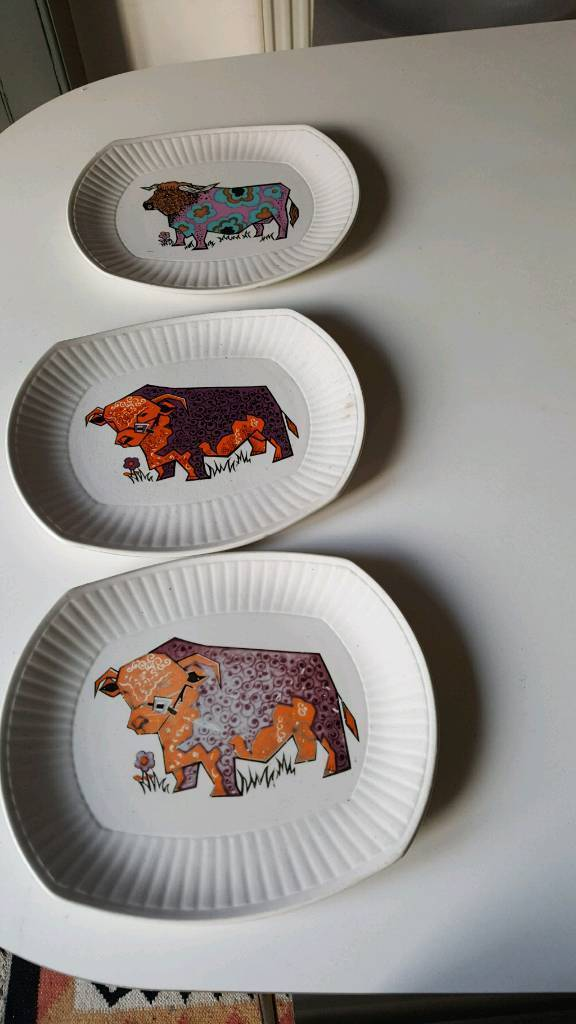 Beefeater plates x 3