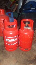 gas bottles full 6kg x2