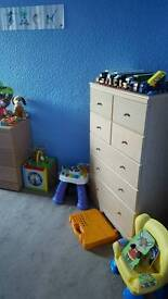 4 sets of drawers 50 ono