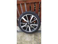 "Nissan Qashqai Tekna Alloy Wheel Continental Tyre 19"" Genuine Part"