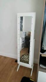 Selling standing ake up mirror with lights