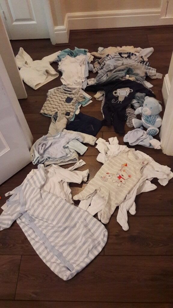 baby clothes bundlein Kingswood, BristolGumtree - Newborn & 0 3 months Boys & unisex Includes 2 jackets, a very thin summer sleeping bag (ideal for holiday or a heatwave), 15 babygrows etc
