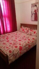 Double bedroom in Tilbury