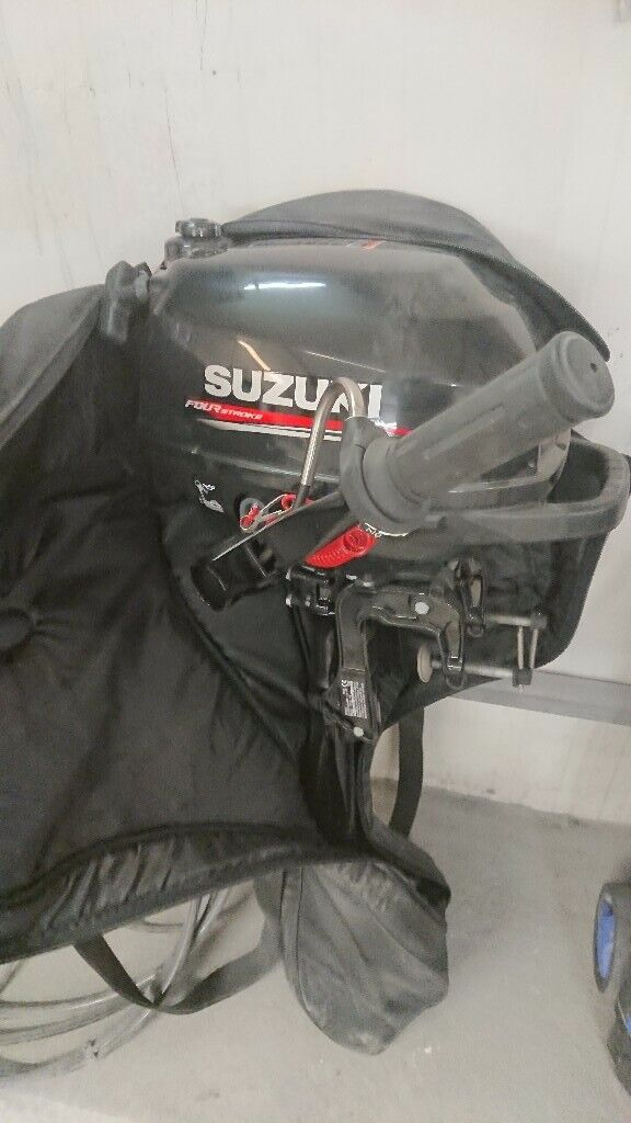 db2d9a93c319 Suzuki 2.5hp outboard and carry bag 2016 | in Wisbech, Cambridgeshire |  Gumtree