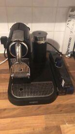 Nespresso Machine + Coffee&Descaler