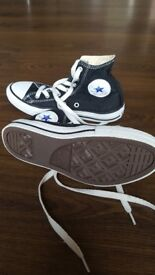 Converse all star high top trainers size 1.5