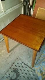 Table very nice wood.