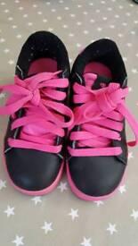 Heeleys roller skates size 11