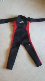 chuldren wetsuit 9 tp 10 years long sleave long leg