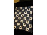crochet blanket grannysquare 2 diffrent colours FREE courier delivery track and trace