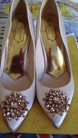 Ted Baker Designer Shoes UK Size 6 Nude Pink Stilletos
